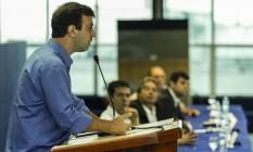 Marcelo Freixo conversa com representantes dos setores de alimentos e de logística Foto: Gabriel de Paiva / Agência O Globo
