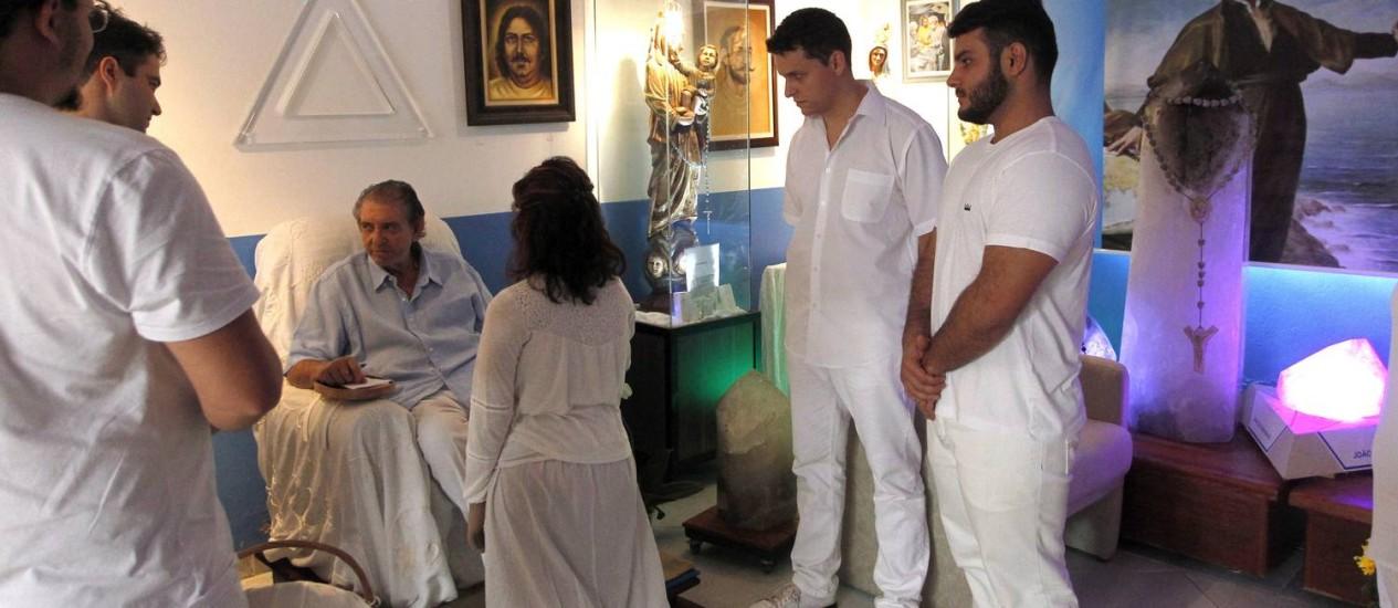 O médium João de Deus, que tem fila para cirurgia sem cortes Foto: Terceiro / Agência O Globo