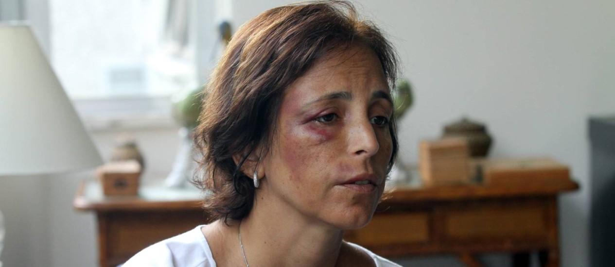 Empresária Renata Cordeiro Guerra é atacada por bandido em Ipanema Foto: Paulo Nicolella / O Globo