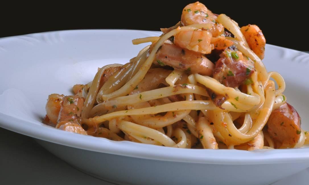 Uh Lalá. Durante a ação, o restaurante servirá o linguine especial de frutos do mar (R$ 45) Maria Mattos / Divulgação