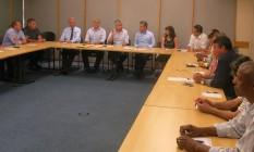 Prefeitos do estado do Rio discutem no Rio fórmulas para enfrentar a crise na saúde Foto: Antônio Werneck