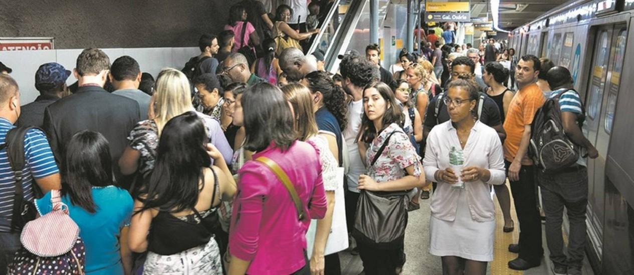 A Estação General Osório do metrô: Secretaria estadual de Transportes afirma que em dezembro as linhas 1 (Uruguai-Ipanema) e 4 (Barra-Ipanema) deverão ser integradas, o que significará o fim da baldeação Foto: Alexandre Cassiano