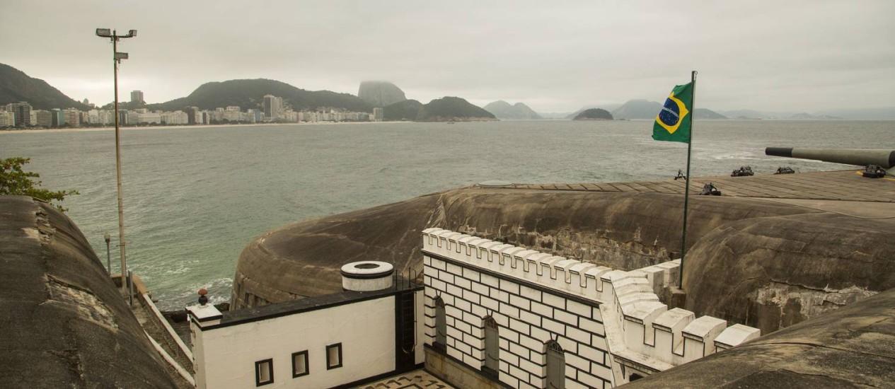 Ventos de 60km/h são registrados no Forte de Copacabana Foto: Bárbara Lopes em 23/06/2016 / Agência O Globo