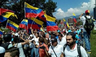 Em Caracas, manifestantes pedem a realização do referendo Foto: Reprodução do Twitter