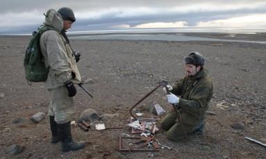Foram encontrados cerca de 500 artefatos que comprovam a presença de forças nazistas no Círculo Polar Ártico Foto: Yulia Petrova/Parque Nacional Ártico Russo