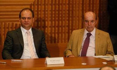 Ministro da Saúde Ricardo Barros anuncia um aporte de dinheiro federal para a saúde do Rio de Janeiro Foto: Pablo Jacob / Agência O Globo