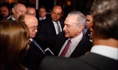 O presidente Michel Temer se encontra com deputados na casa de Rodrigo Maia para tratar de apoio à PEC do teto de gastos Foto: Divulgação