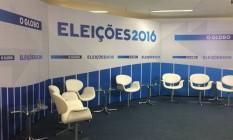 Cenário pronto para a sabatina do candidato Marcelo Freixo (PSOL) Foto: Jeferson Ribeiro/O GLOBO