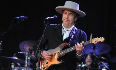 Bob Dylan se apresenta em show em 2012 Foto: AFP