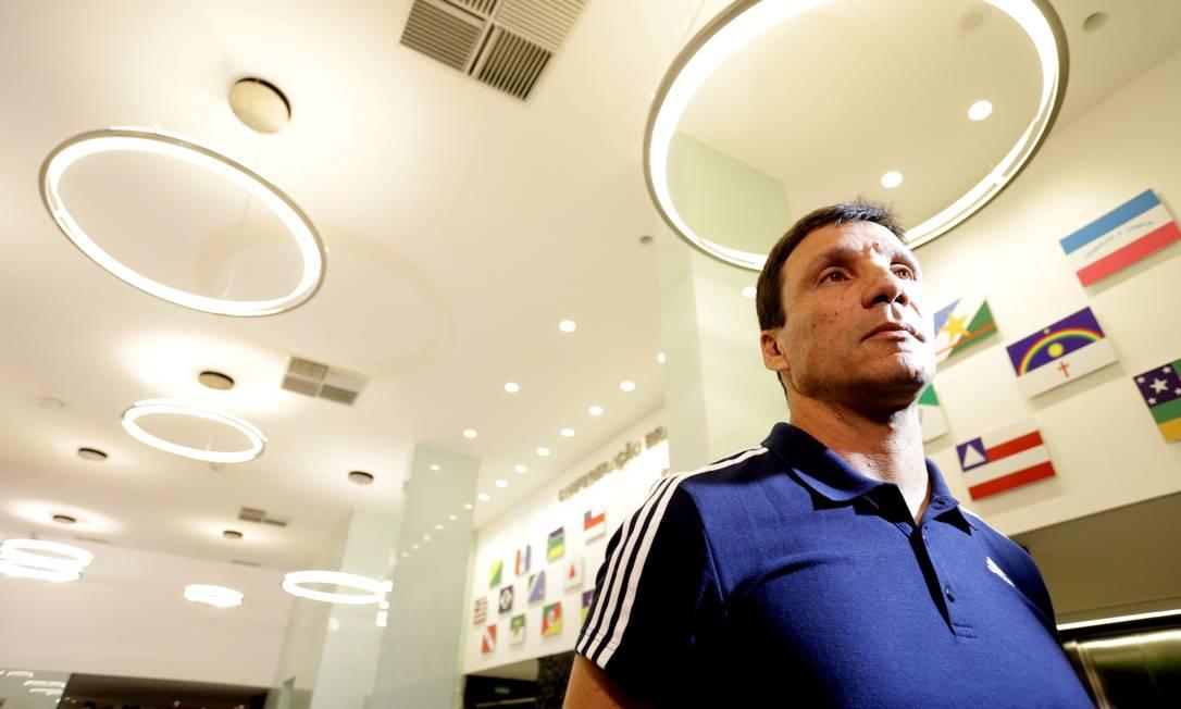Técnico do Flamengo, Zé Ricardo chega para o velório de Torres Marcelo Theobald / Agência O Globo