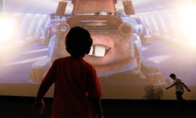 Crianças com autismo assistem a sessão especial de cinema no Rio de Janeiro Foto: Pablo Jacob / Agência O Globo