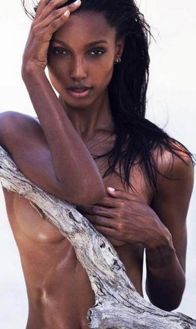 Mais de Jasmine Tookes Reprodução/Instagram