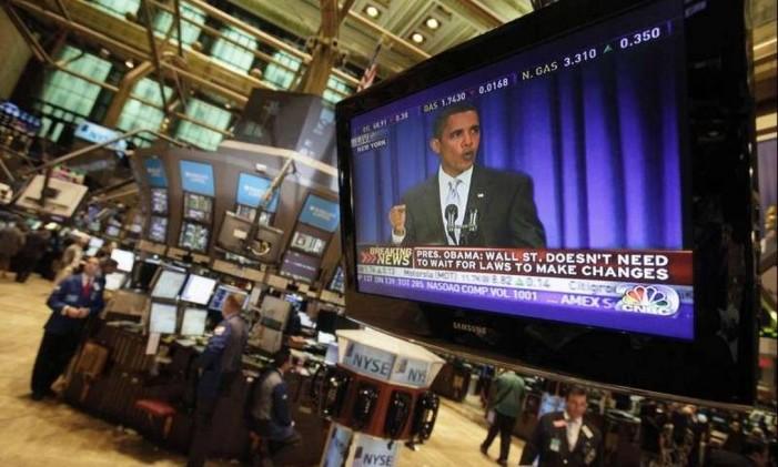 TV na Bolsa de Valores de Nova York passa discurso de Obama Foto: AP/14-9-2009