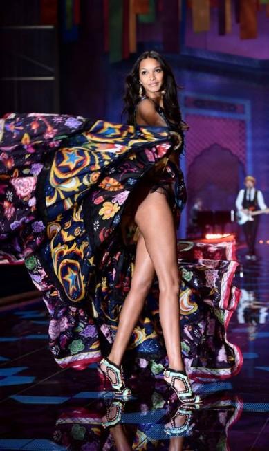 LAÍS RIBEIRO: a última brasileira a entrar no seleto grupo das 'angels' - como são chamadas algumas eleitas da Victoria's Secret, a musa do Piauí retorna para a temporada LEON NEAL / AFP