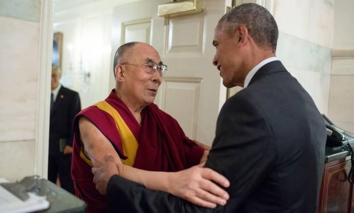 Obama recebe o Dalai Lama em 2016: os dois receberam o Nobel da Paz Foto: Pete Souza / White House