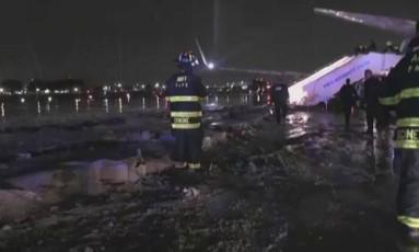 Avião de Pence após derrapagem em LaGuardia Foto: Reprodução