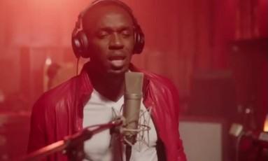 Bolt solta a voz em seu primeiro single, 'Gifted' Foto: Reprodução