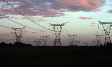 Linhas de transmissão em Foz do Iguaçu Foto: Dado galdieri/Bloomberg News/18-10-2012