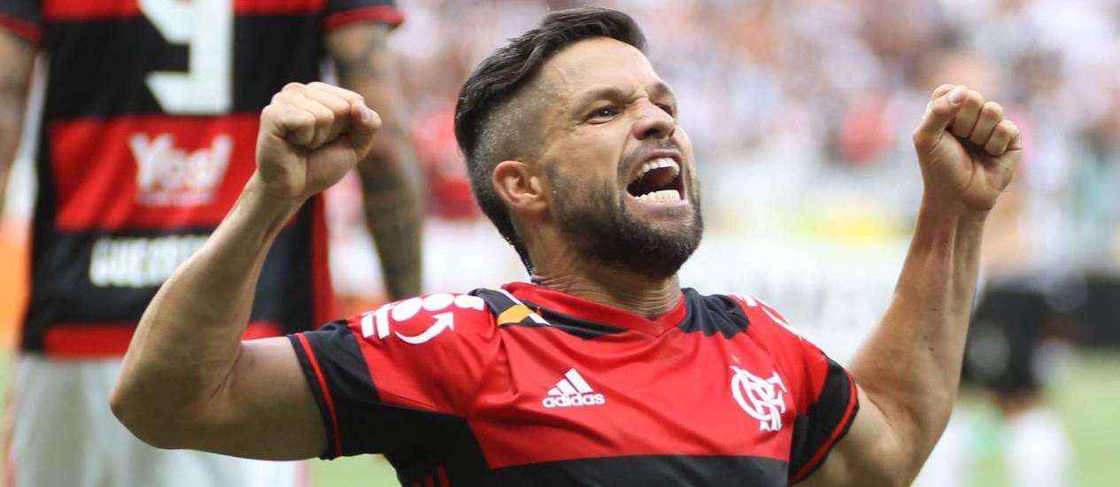 Diego comemora o gol do Flamengo no Mineirão Foto: Gilvan de Souza / Flamengo