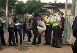 Desocupação de escola ocorre em Taguatinga Sul Foto: Polícia Militar/Divulgação