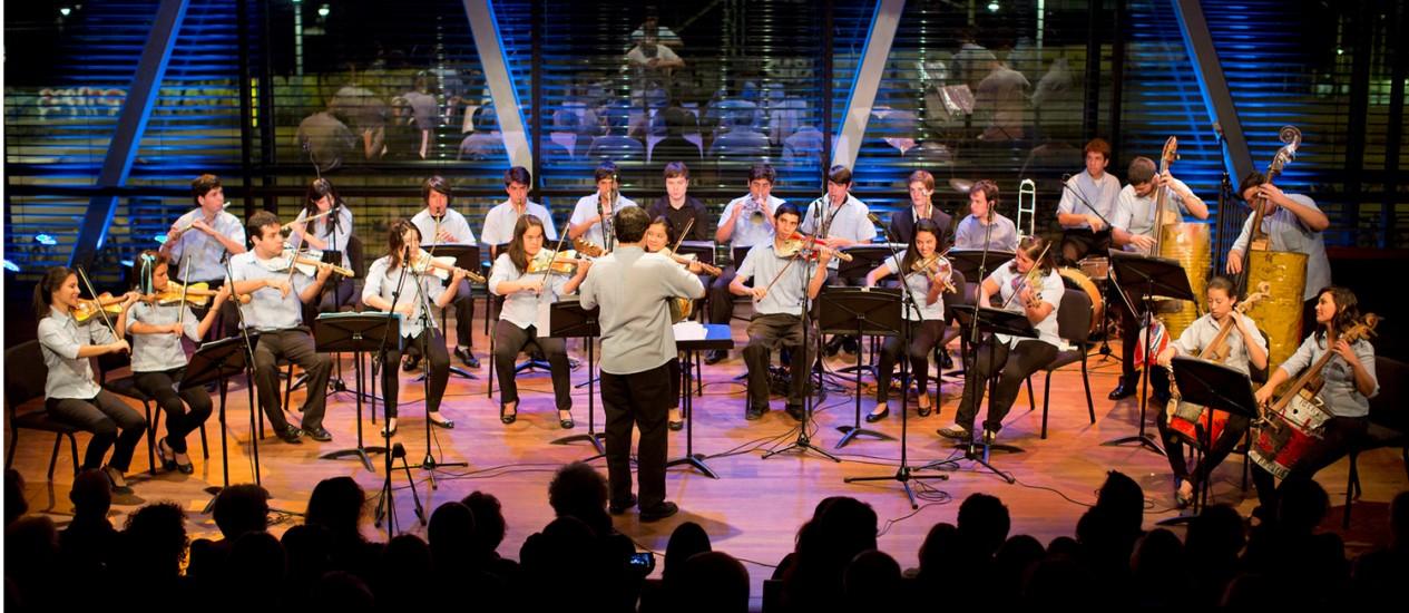 Orquestra Reciclados Cateura apresenta clássicos da música instrumental Foto: Divulgação