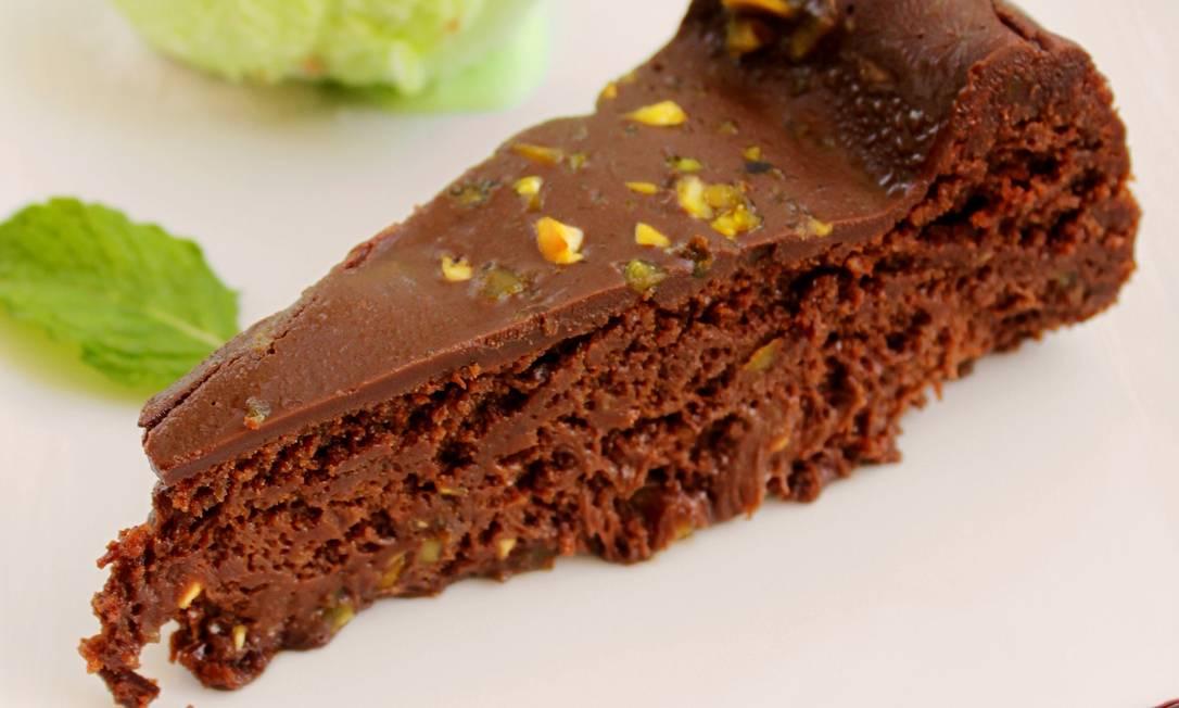 Gabbiano Al Mare. Torta de chocolate e pistache (R$ 22) Divulgação