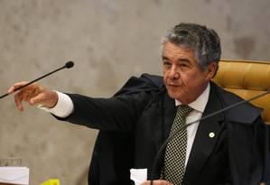 O relator Marco Aurélio Mello votou pela proibição de que réus em ações penais ocupem cargos na linha sucessória da Presidência da República Foto: Ailton de Freitas / Agência O Globo