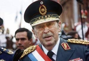 Stroessner governou Paraguai por 35 anos e morreu em Brasília, onde viveu exilado Foto: REUTERS