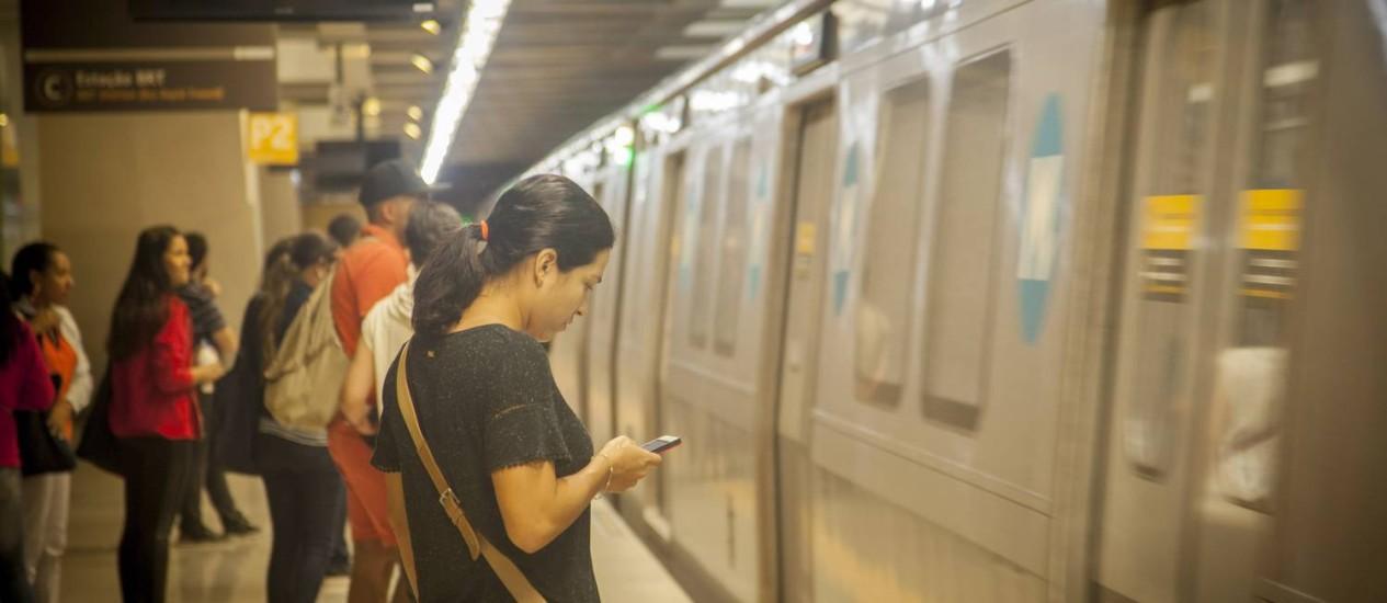 O movimento de passageiros foi moderado na manhã desta sábado na Linha 4 do metrô Foto: Analice Paron / Agência O Globo