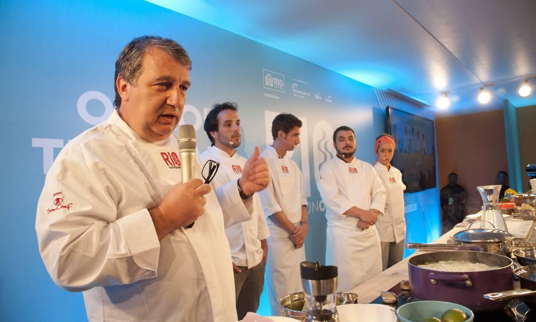 Ao lado de seus pupilos Elia Schramm, Pablo Ferreyra, Paula Prandini e Ricardo Lapeyre, ele foi uma das atrações do segundo dia do Rio Gastronomia Agência O Globo