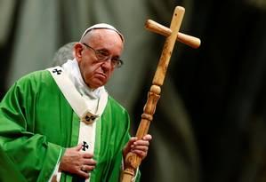 Papa Francisco rezou missa neste domingo para mil presos de 35 nacionalidades Foto: TONY GENTILE / REUTERS