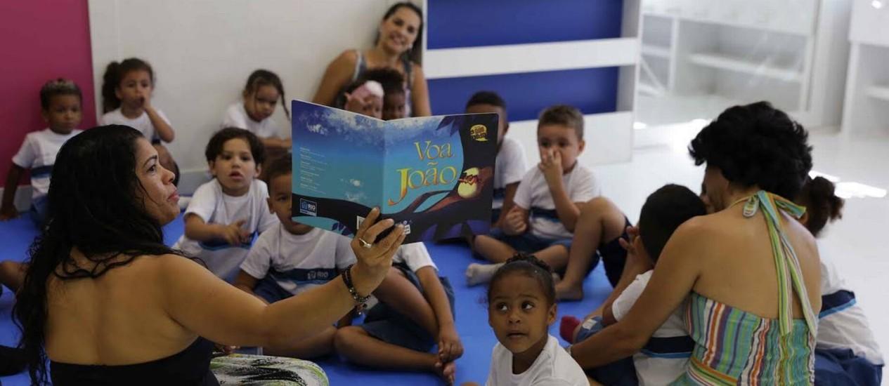 Crianças em aula na EDI Professora Raquel Kelly Lanera, na Zona Oeste Foto: Paula Johas / Divulgação Prefeitura do Rio