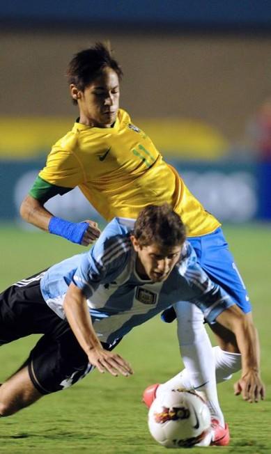 Em 19 de setembro de 2012, Brasil 2 x 1 Argentina, abertura de mais um Superclássico das Américas, só com jogadores que atuavam nos dois países. Foi no Serra Dourada, em Goiânia, e teve gol de Neymar, que ainda jogava no Santos EVARISTO SA / AFP