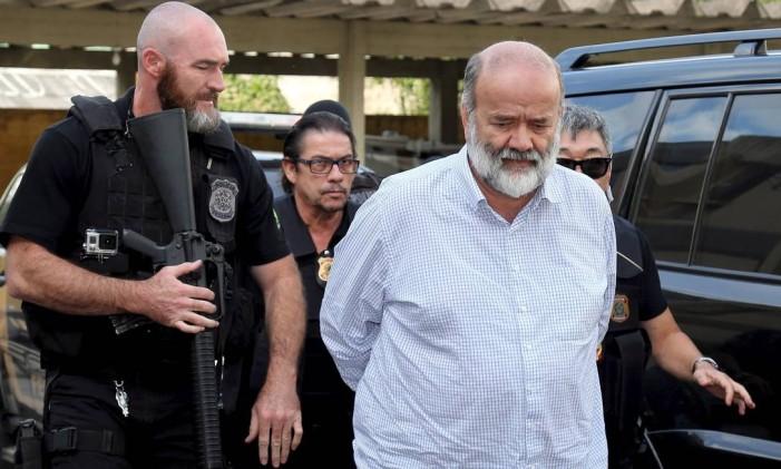 O ex-tesoureiro do PT, Joao Vaccari, ao deixar o Instituto Médico Legal de Curitiba em 2015 Foto: Rodolfo Buhrer / Reuters / 15-4-2015
