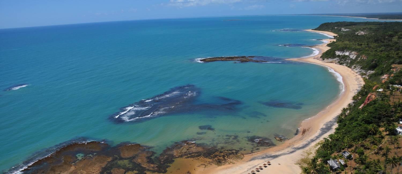 Panorama da Praia do Espelho, uma das mais procuradas pelos turistas que vão a Porto Seguro Foto: Divulgação