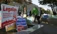 Campanha pede a eleitores que votem pela legalização da maconha na capital americana, Washington