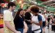 Carlos Vinicíus e Fernanda Belém chegaram cedo ao Píer para não perder a aula de cozinha oriental