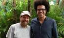 João Bosco (à esquerda) e Hamilton de Holanda toam juntos neste sábado Foto: Divulgação / Marcos Portinari