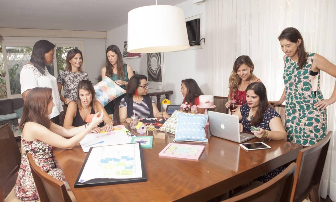Mulheres criam grupo para debater empreendedorismo e maternidade