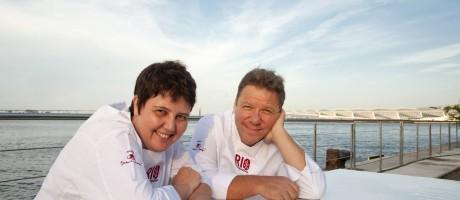 Roberta Sudbrack e Claude Troisgros comandaram o bate-papo 'Cozinha Premiada' Foto: Adriana Lorete / Agência O Globo