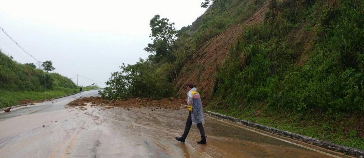 Deslizamento de encostas na Rio-Santos Foto: Divulgação / Defesa Civil