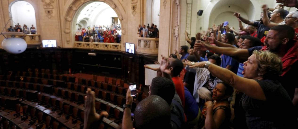 Na semana passada, pacote do governo provocou manifestações na Alerj Foto: Gabriel de Paiva/8-11-2016