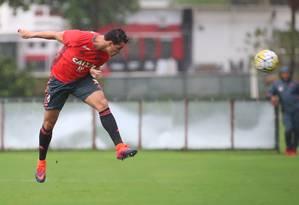 Damião no treino desta segunda na Gávea Foto: Gilvan de Souza