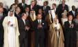 O secretário-geral das Nações Unidas, Ban Ki-moon, posa ao lado de chefes de Estado na conferência do clima de Marrocos