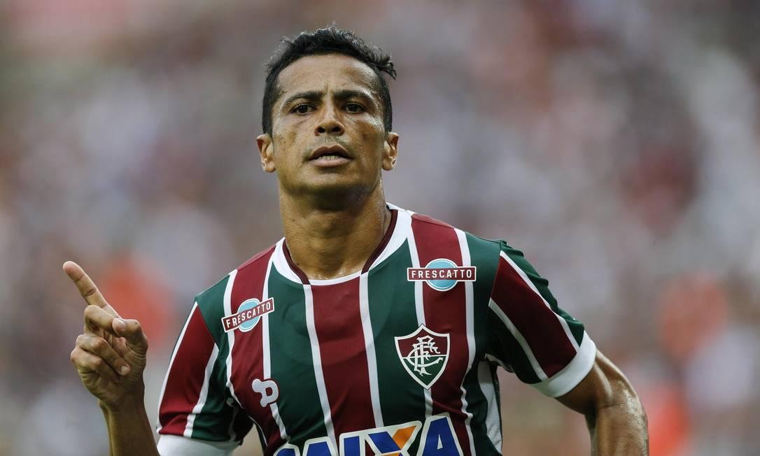 Cícero comemora o gol quie marcou no Maracanã: Fluminense x Atlético-PR Alexandre Cassiano / Agência O Globo