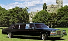 """Trump Golden Series. Em 1988, o milionário concebeu """"a melhor limusine """". Disse que encomendaria 50 exemplares à Cadillac mas só fez dois protótipos Foto: Divulgação"""