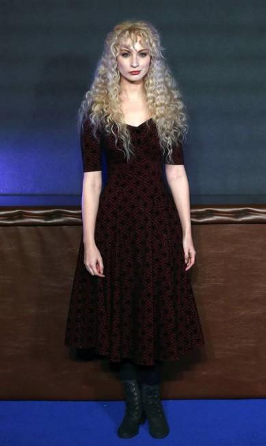 A cantora Emmi Green NEIL HALL / REUTERS