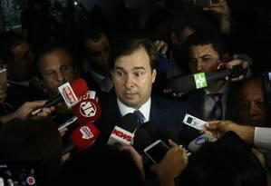 O Presidente da Câmara, Rodrigo Maia (DEM-RJ), durante entrevista coletiva Foto: Ailton de Freitas / Agência O Globo