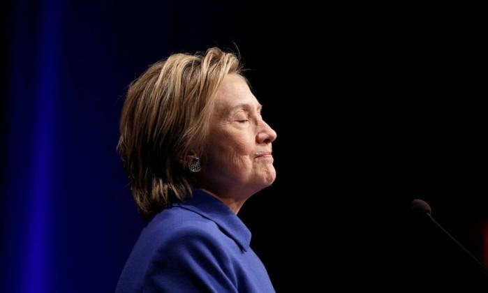Trump afirma que milhões de pessoas votaram ilegalmente em Hillary