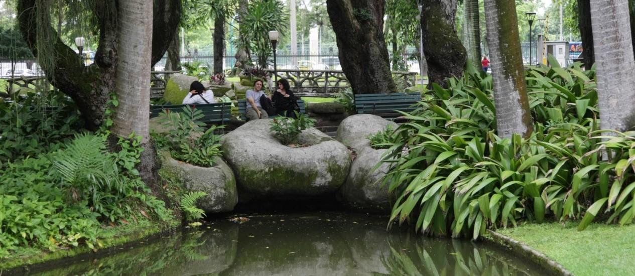 Os jardins do Museu da República, no Palácio do Catete, vão abrigar até domingo a décima Primavera Literária carioca Foto: Laura Marques / Agência O Globo